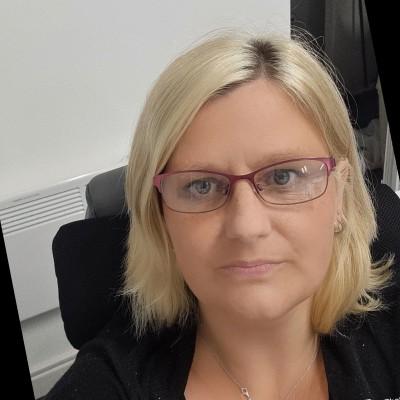 Mortgage advisor Helena Davies